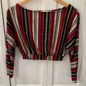 🆕🍷 F21 Striped Long Sleeved Crop Top
